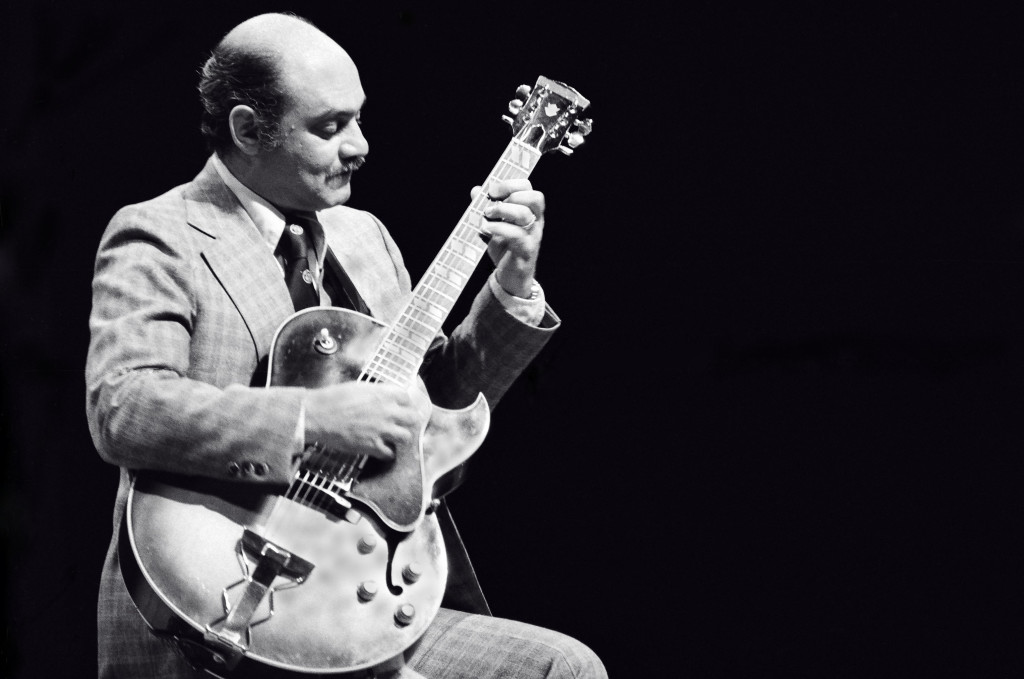 bom guitarrista